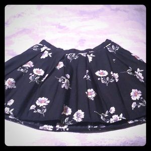 Like new! Floral forever 21 A line skirt